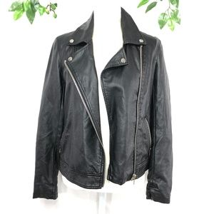 FOREVER21 FAUX BLACK LEATHER JACKET SIZE S